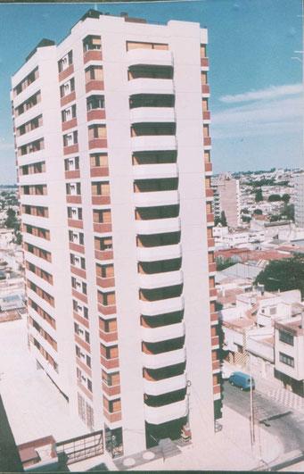 BUENOS AIRES Y ECUADOR - Paraná - Entre Ríos. Superficie: 11.000 m2