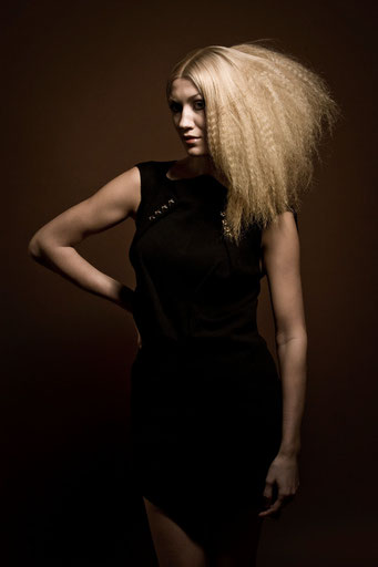 London Fashion Week Collection 2010 - Hair: Alexander Lepschi - Foto: Stefan Dokoupil - Styling: Claudia Behnke (UK)