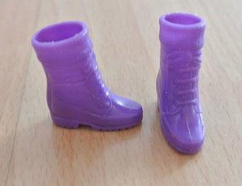 art.1.16.2256 halbe stiefel neuwertig barbie 3chf