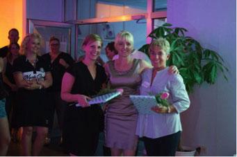 Ladiesfirst Hamm Clubgeburtstag und Neueröffnung Gäste bringen Geschenke