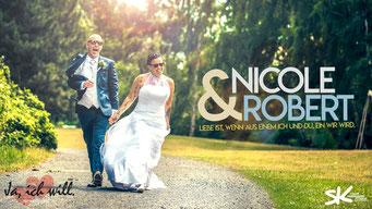 Heiraten am Steinhuder Meer. Erstklassige Hochzeitsfotos by Simon Knösel. Der Hochzeitsfotograf in Hannover und Niedersachsen.