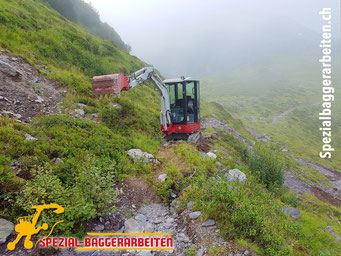 Spezial-Baggerarbeiten Adrian Krieg GmbH, Eschenbach Telefon 079 586 32 47 Naturstrassenbau Alpstrasse Alpweg Wanderweg Maschinenweg Strassensanierung Wegsanierung