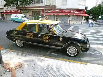 Schöner alter Peugeot