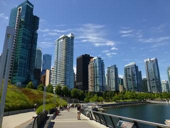 Promenade am Hafen von Vancouver