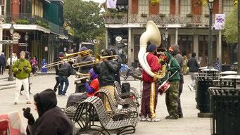 New Orleans - hier spielt die Musik den ganzen Tag - auch bei Regen
