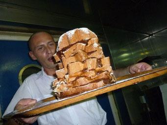 Massimo und ein hervorragender Pandoro mit Nutella