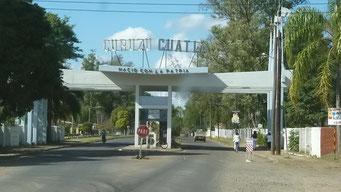 Einfahrt nach Curuzu Cuatai