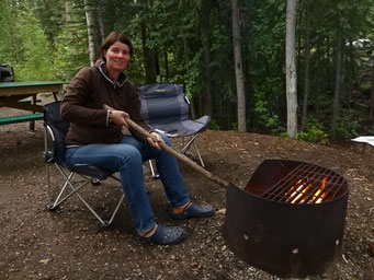 Camp-Fire am Little Salmon Lake, Campbell Highway, Kanada
