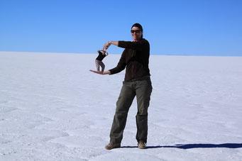 Salar de Uyuni - hier kann man auch Männer einfach unter Druck setzen...
