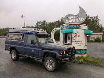 Kaffee-Stopp vor Seward, Alaska