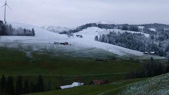 Der erste Schnee fällt in der Rengg