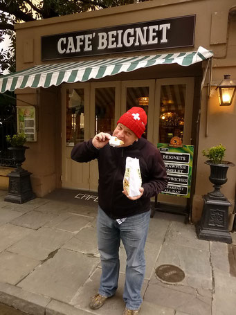 New Orleans - Beignet, hmmm - DIE Spezialität mit viel Fett und viel Zucker