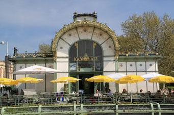 Café beim Karlsplatz