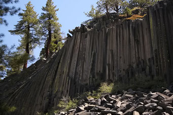 Basaltfelsen bei Mammoth Lake