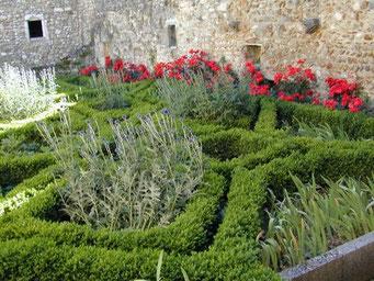 Pérouges, un beau jardin