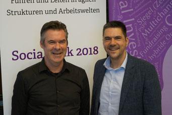 Jos de Blok (Buurtzorg) und Prof. Dr. Michael Vilain, Initiator des Social Talk und geschäftsführender Direktor des IZGS der EHD  | Social Talk 2018 © Sabine Schlitt, EKKW