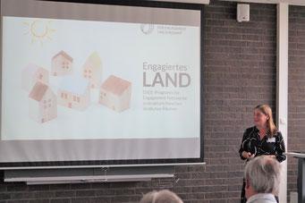 Katarina Peranić (Deutsche Stiftung für Engagement und Ehrenamt) beim II. Hessischen Engagementkongress 2021 an der Ev. Hochschule Darmstadt. | © Foto: S. Schlitt, EKKW