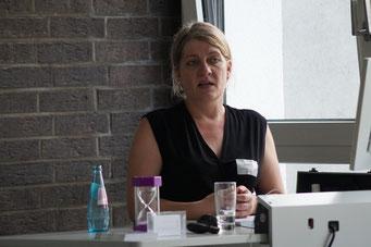 Caroline Jung (Lösungsentdecker & LAKS Hessen e.V.) beim II. Hessischen Engagementkongress 2021 an der Ev. Hochschule Darmstadt.   © Foto: S. Schlitt, EKKW
