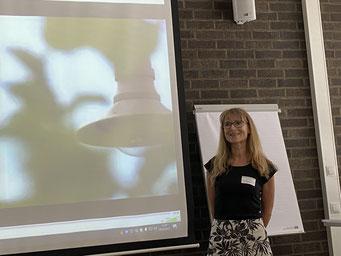 Anja Jacobi (Ev. Kirchengemeinde Neunkirchen) beim II. Hessischen Engagementkongress 2021 an der Ev. Hochschule Darmstadt.   © Foto: S. Schlitt, EKKW