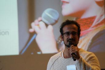 Reza Solhi (Heartbeat Edutainment) in der Arena der Sozialpioniere beim Social Talk 2018 © Sabine Schlitt, EKKW