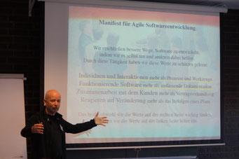 Jens Himmelreich (neuland - Büro für Informatik) beim Social Talk 2018 © Sabine Schlitt, EKKW