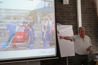 Dr. Jürgen Römer (LK Waldeck-Frankenberg) beim II. Hessischen Engagementkongress 2021 an der Ev. Hochschule Darmstadt.   © Foto: S. Schlitt, EKKW