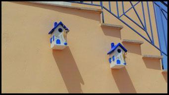 Details en Sfeer van Nestkastjes in Griekse stijl _3