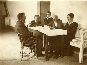 mit August Sedlaček, Betty und Theresa Sedláčeková