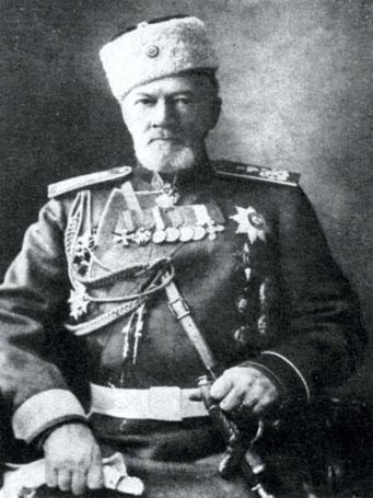 Последним владельцем Петровского перед революцией был старый князь Михаил Михайлович Голицын