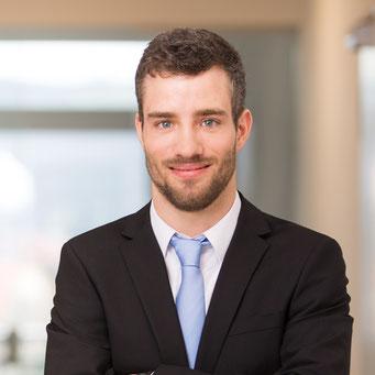 Herr Johannes Brönner / Grundlagen der Digitalen Compliancen / Compliance Management & Organisation