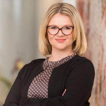 Frau Jenny Pfenning / Grundlagen der Digitalen Compliancen / Compliance Management & Organisation