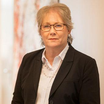 Frau Cristina Lange / Grundlagen der Digitalen Compliancen / Compliance Management & Organisation