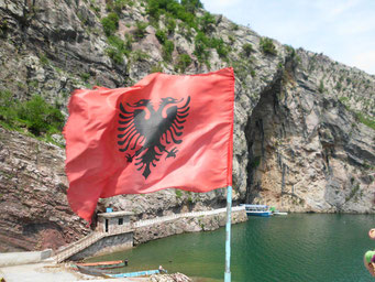 Albaniens Flagge
