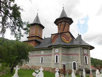 unterschiedliche Bauweise der Kirchtürme
