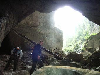 Karsthöhle