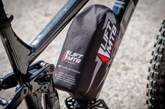 Waterproof protective bag