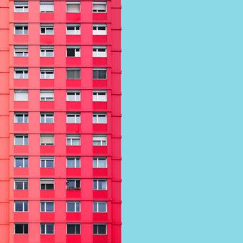 Shades of pink - Linz colorful facades modern architecture photography