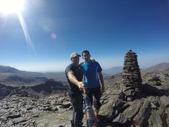 Cima del Cerro de los Machos con Fran