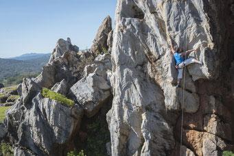 Escalando en el Cerro del Hierro