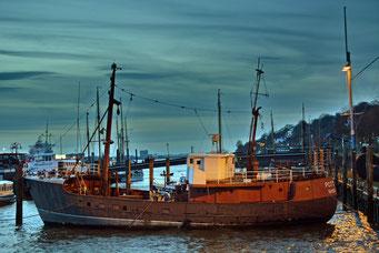 Museumshafen Övelgönne zum Sonnenuntergang