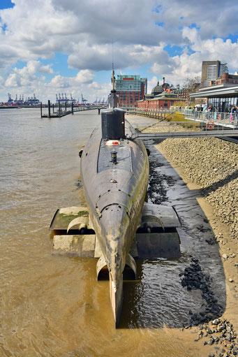 U-434 bei Ebbe