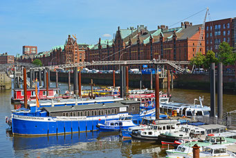 Hamburger Binnenschiffhafen