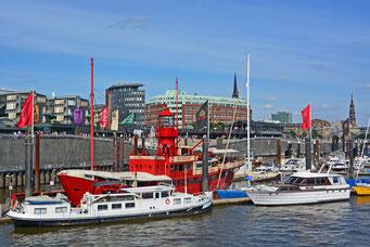 DAS FEUERSCHIFF/Hamburger Sportboothafen