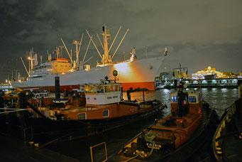 CAP SAN DIEGO,unmittelbar nach der dritten Sturmflut am 06.12.2013