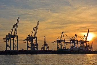Hafen zum Sonnenuntergang