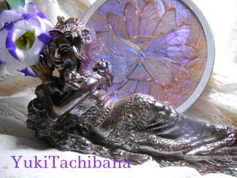 楽々土像 楽園の女神