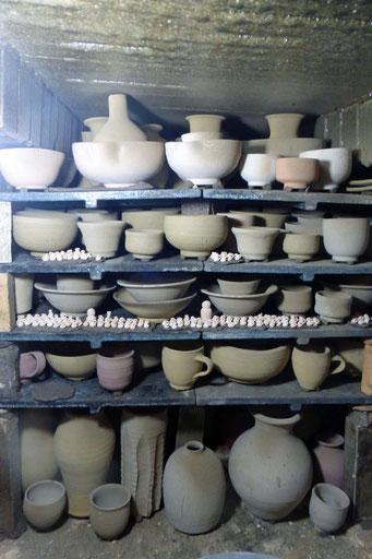 武州熊谷ひみこ窯 薪窯 窯詰