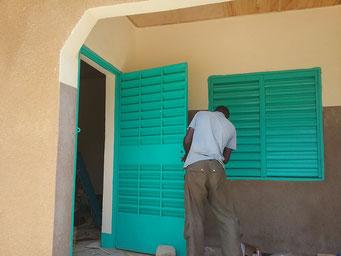 Bauarbeiten an der Maternelle, August 2017 (Arbeiten an Fenster/Türen)