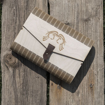 Geschenkbox mit Lasergravur.