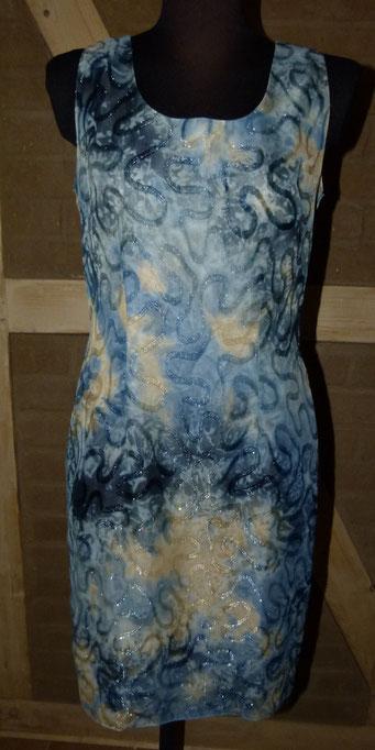 Etuikleid von Natalie Blau mit Innenfutter und Gehschlitz hinten - ESP: 79 € - bei uns nur 28 € (Kleid und Bolero) inkl. Versandkosten
